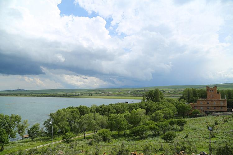 セヴァン湖