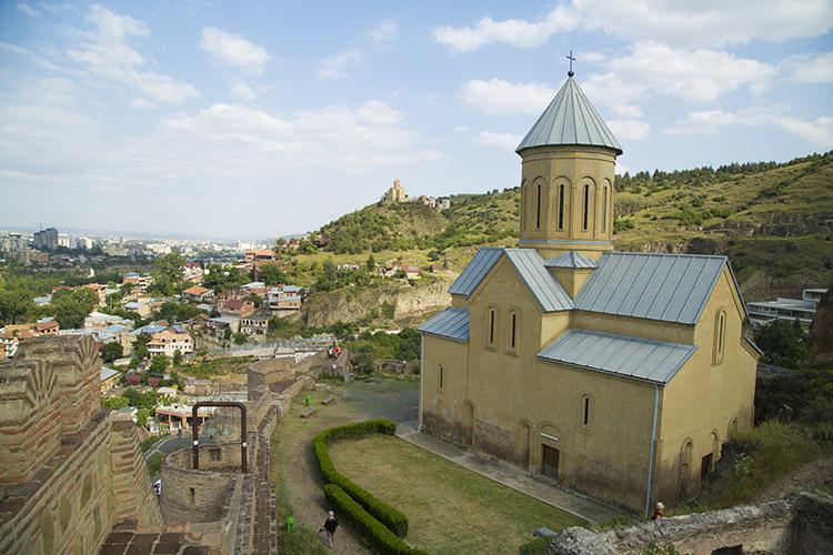 丘の上にも教会