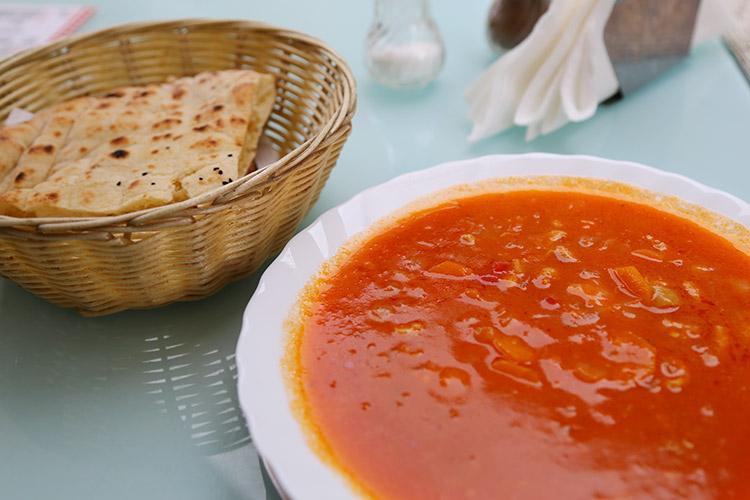 臓物の煮込みスープ