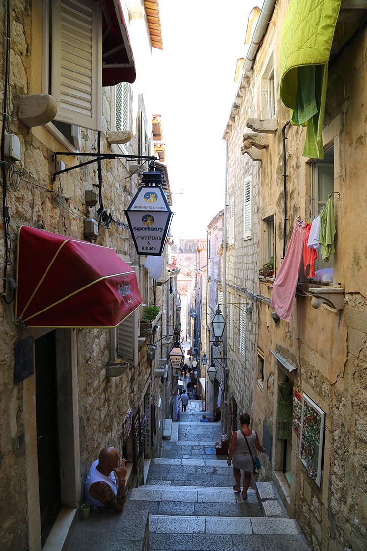 旧市街の中