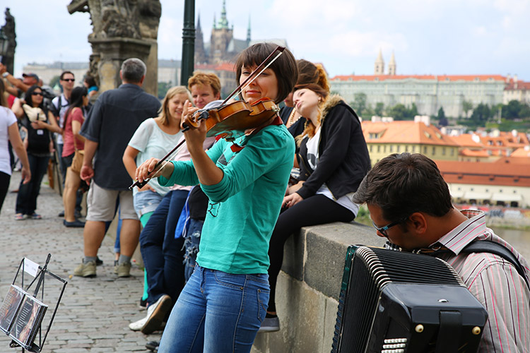 ヴァイオリンとアコーディオン