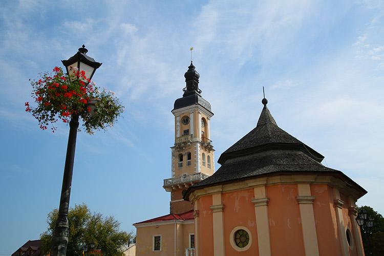 アルメニア教会の鐘楼