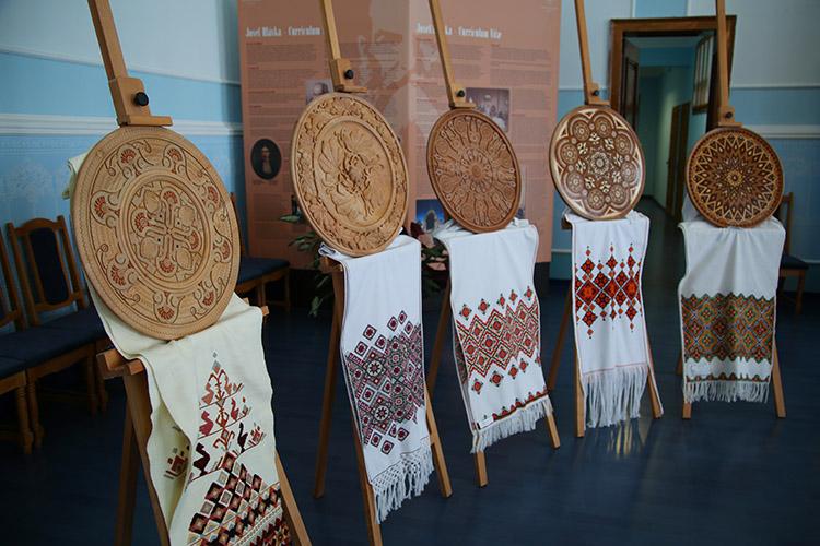 ウクライナ伝統工芸品