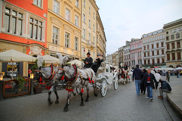 クラクフ 中央広場