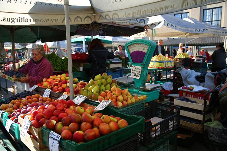 ラトビア 中央市場