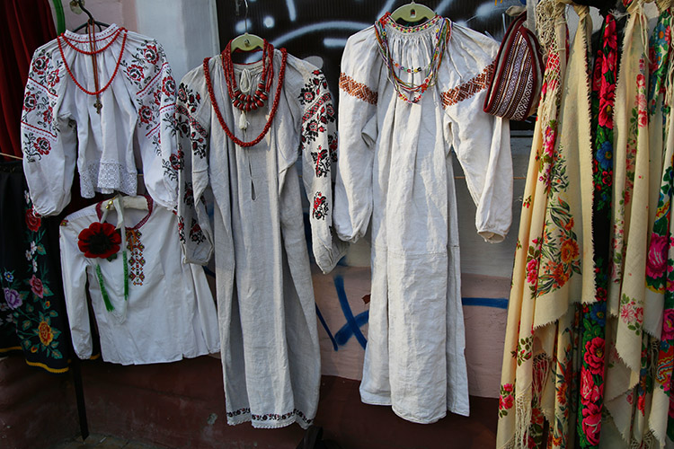 キエフ 民族衣装