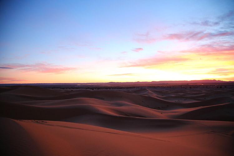 サハラ砂漠 夕焼け