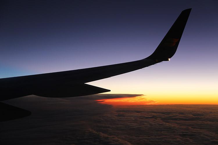 アイスランド 飛行機