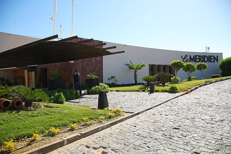 ダハブ メリディアンホテル