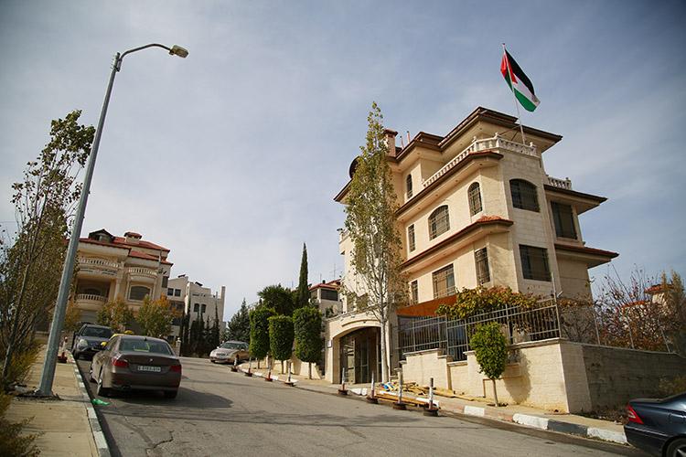 ラマラ ヨルダン大使館