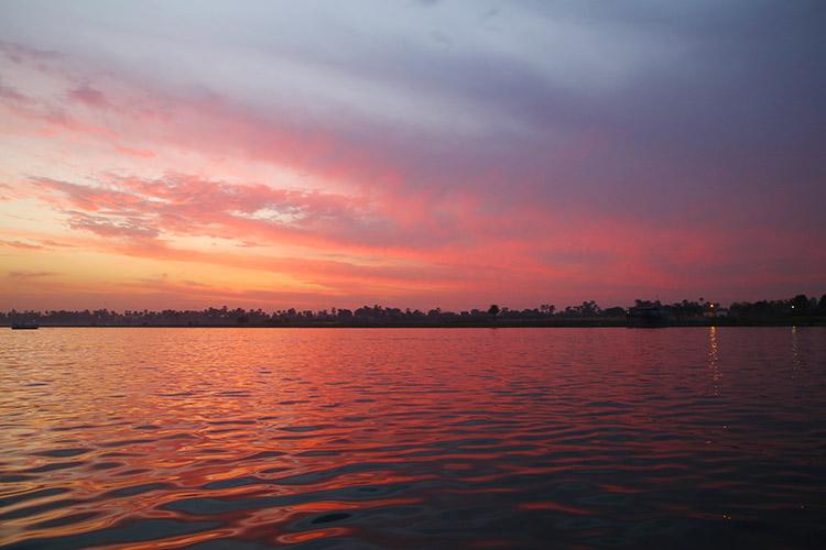 エジプト ナイル川 夕焼け