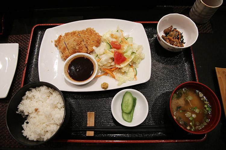 カイロ 日本食レストラン 牧野