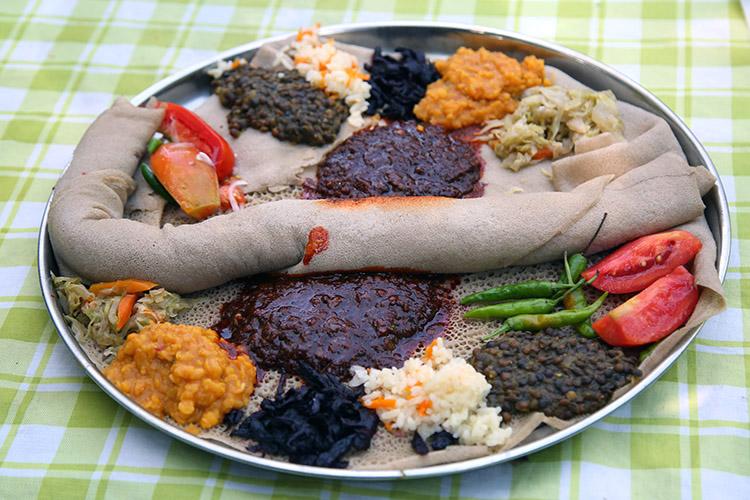エチオピア インジェラ 食事