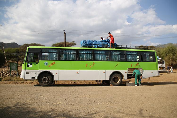 エチオピア バス移動