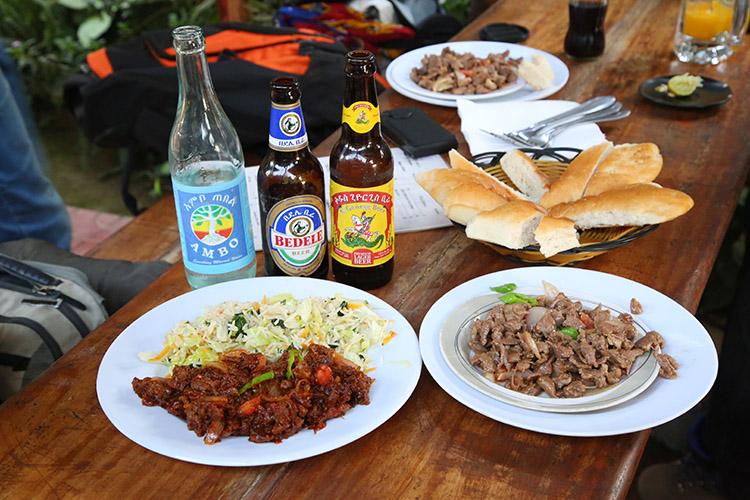 ジンカ レストラン エチオピア グルメ 食事