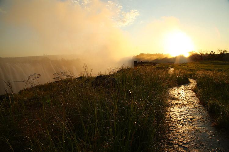 ジンバブエ ビクトリアの滝