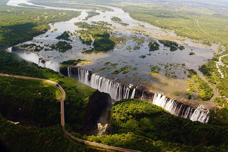 ジンバブエ ビクトリアの滝 ヘリコプター
