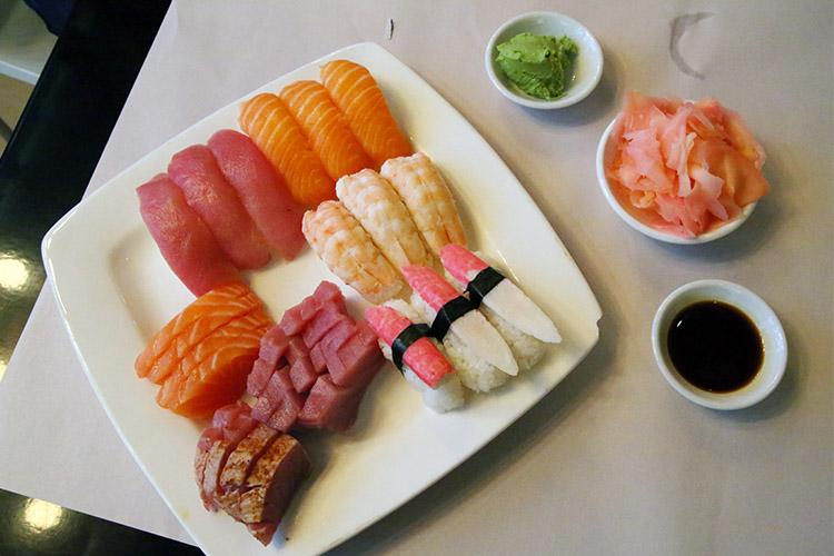 ケープタウン 寿司食べ放題 アクティブスシ