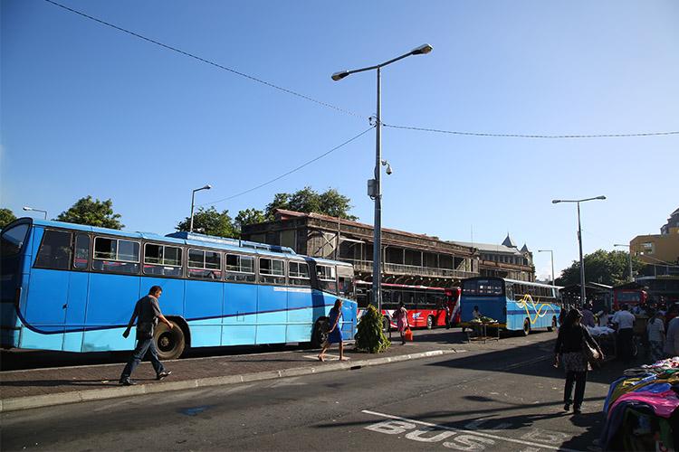 ポートルイス バス停