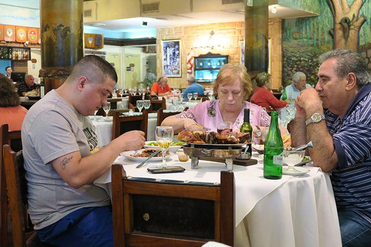ブエノスアイレス レストラン ステーキ