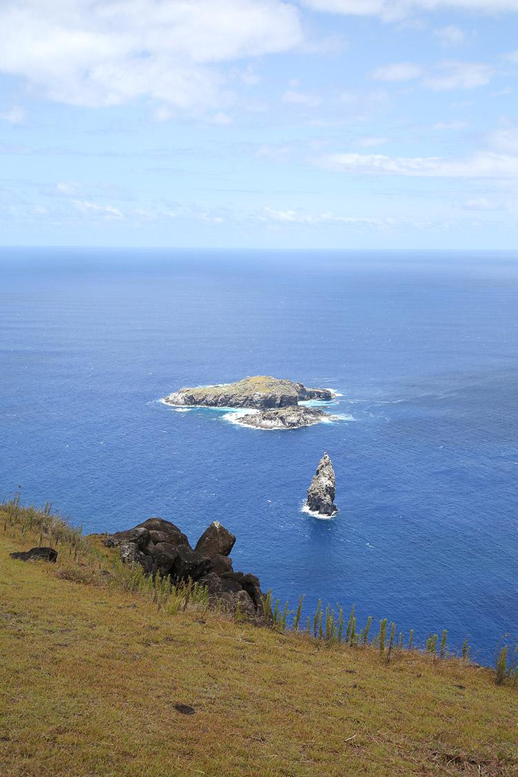 イースター島 オロンゴ儀式村
