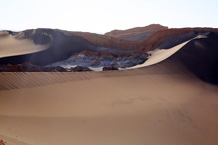 アタカマ砂漠 月の谷