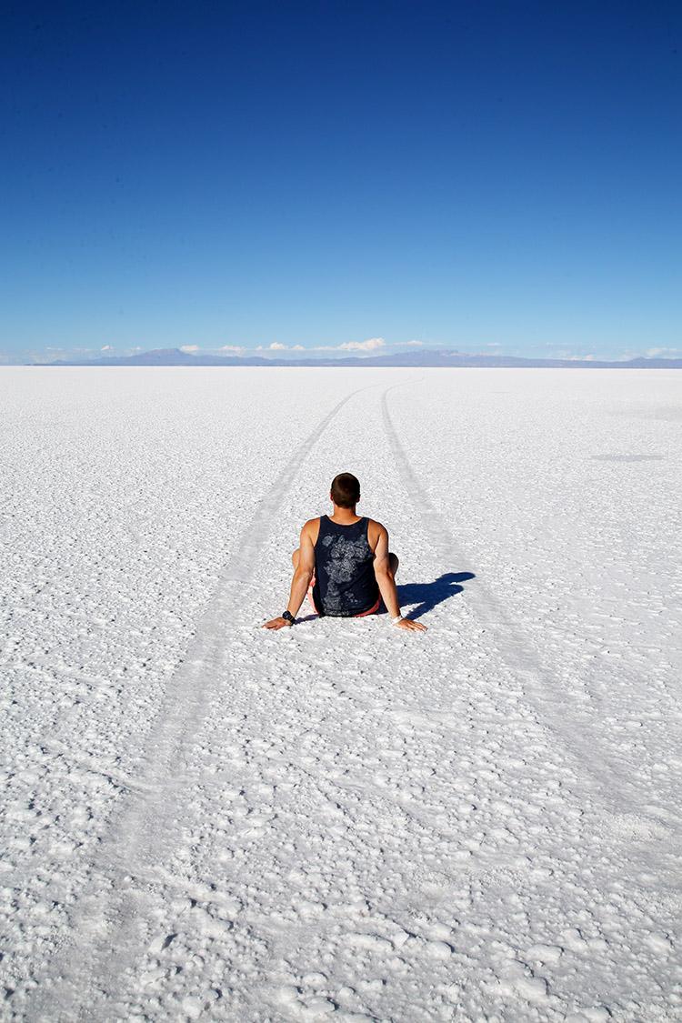 ウユニ塩湖 ツアー トリック写真 トリックアート