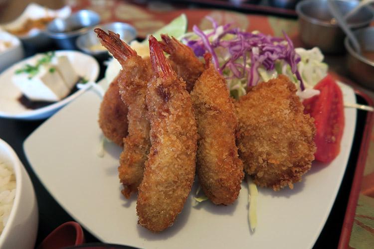 ラパス 日本食レストラン けんちゃん