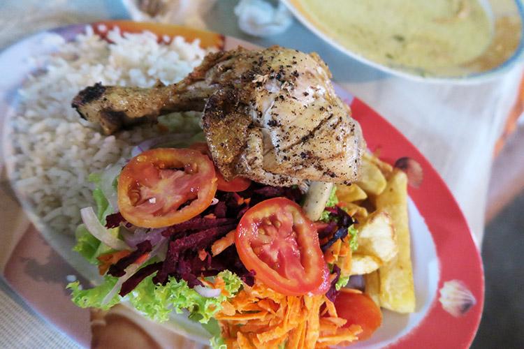 ボリビア キハロ 国境 食事