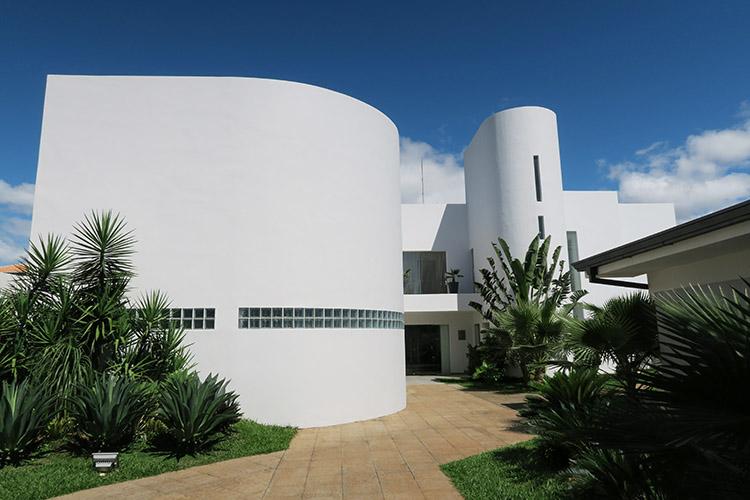 エンカルナシオン ブラジル大使館