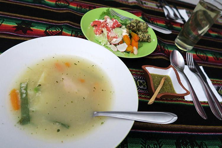 コチャバンバ おすすめ レストラン サラダバー 食べ放題