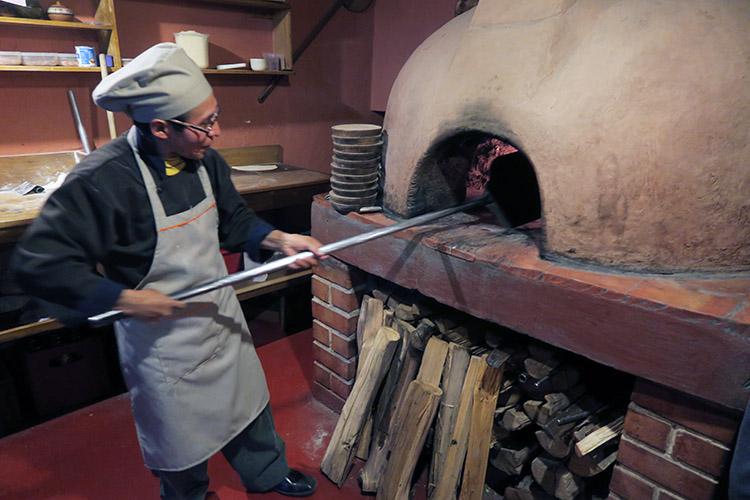 クスコ ご飯 おすすめ ピザ レストラン