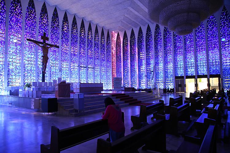 ドン・ボスコ教会 ブラジリア 青の教会