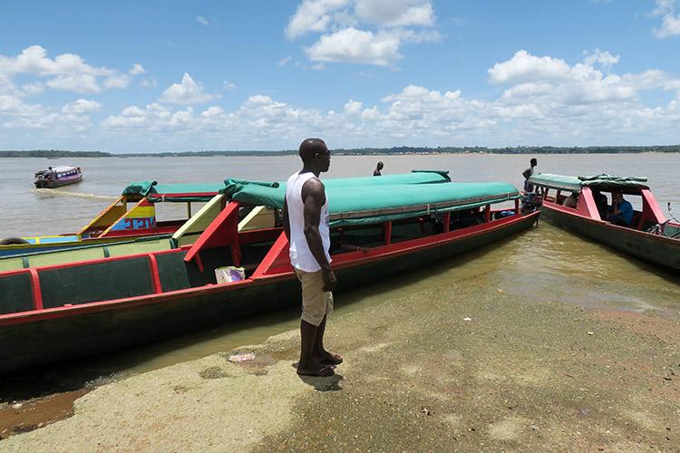 フランス領ギアナ スリナム 国境