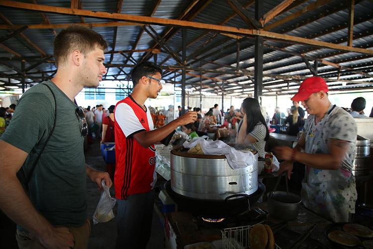 パラマリボ 中華 チャイニーズマーケット