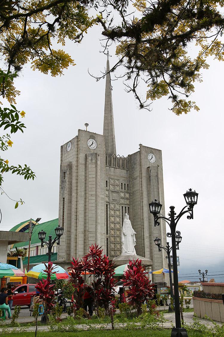 マラカイボ湖 カタトゥンボ ベネズエラ 雷 稲妻 ツアー
