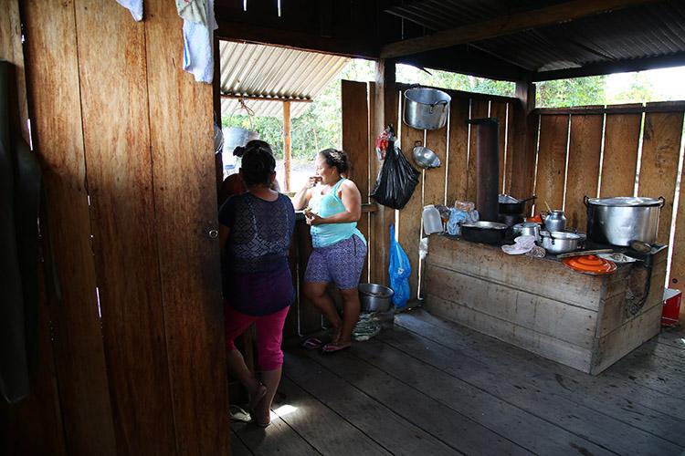 キャノクリスタレス コロンビア ツアー