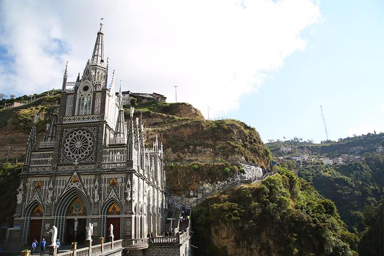 イピアレス 世界一美しい教会 ラス・ラハス コロンビア