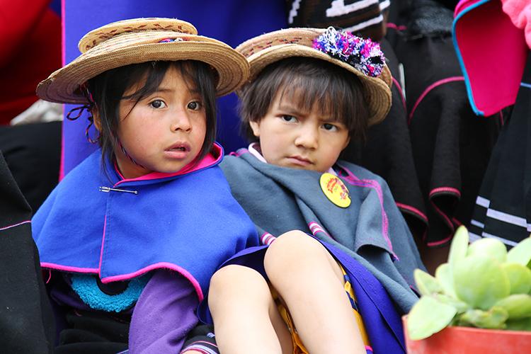 シルビア ポパヤン 民族 コロンビア