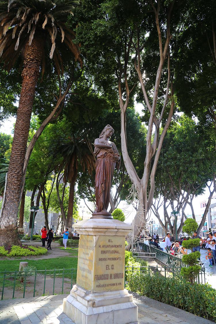 プエブラ アルマス広場 メキシコ