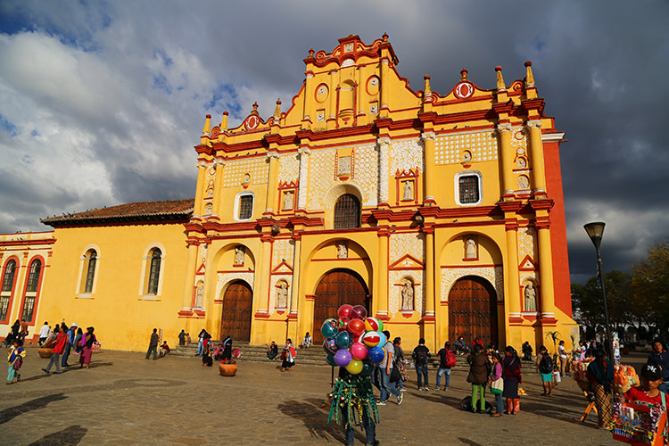メキシコ サンクリ 教会