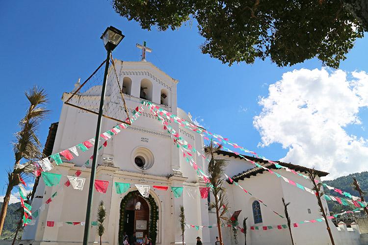 シナカンタン 教会