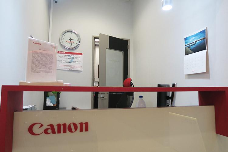 メキシコシティ CANON キャノン 修理