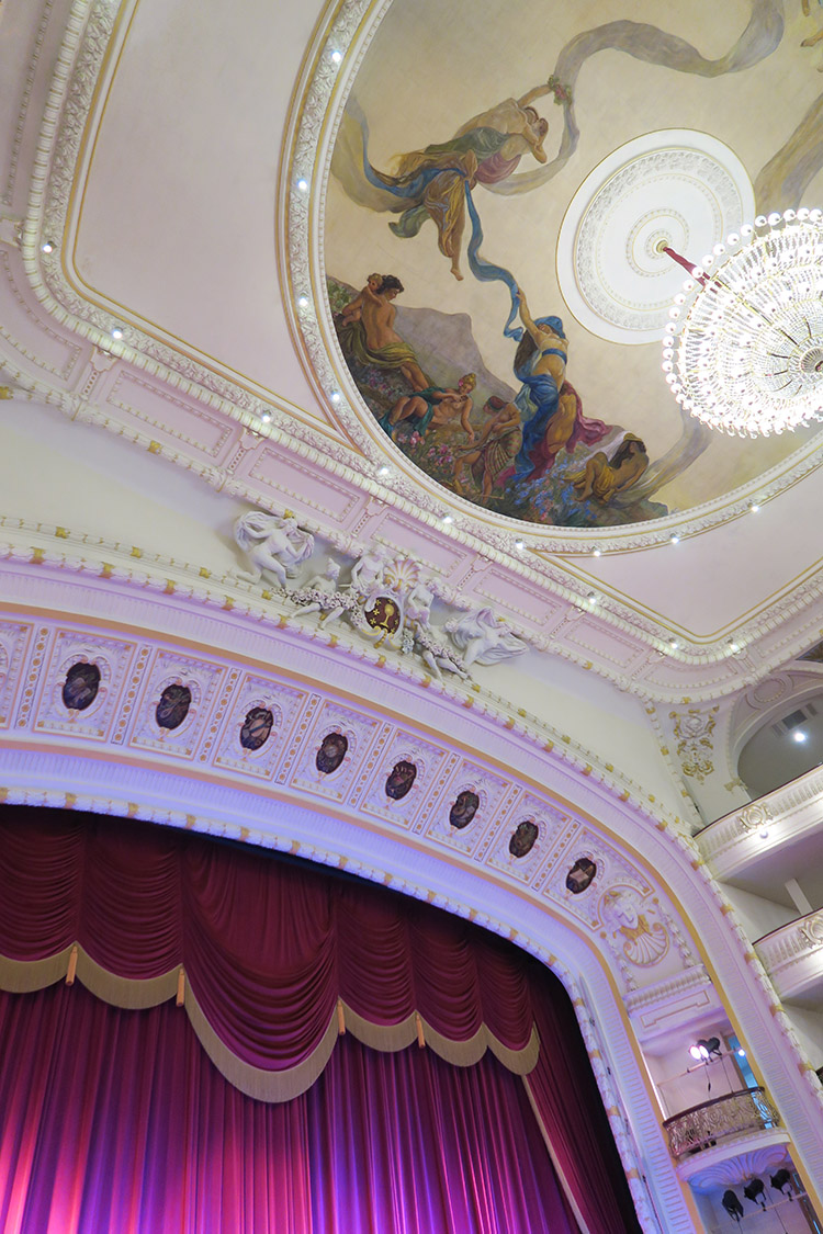 ハバナ バレエ 劇場 観劇