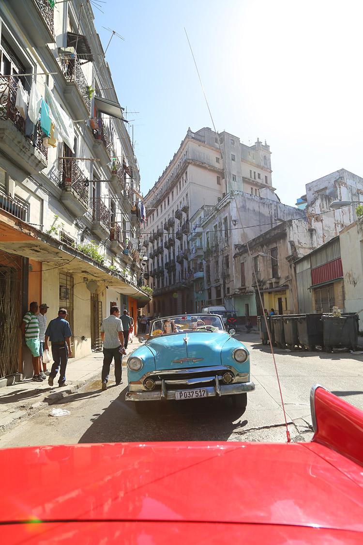 キューバ ハバナ クラシックカーチャーター