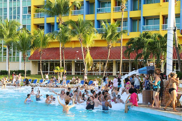 バラデロ キューバ ホテル