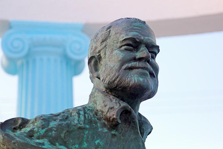 ヘミングウェイ 老人と海 コヒマル キューバ