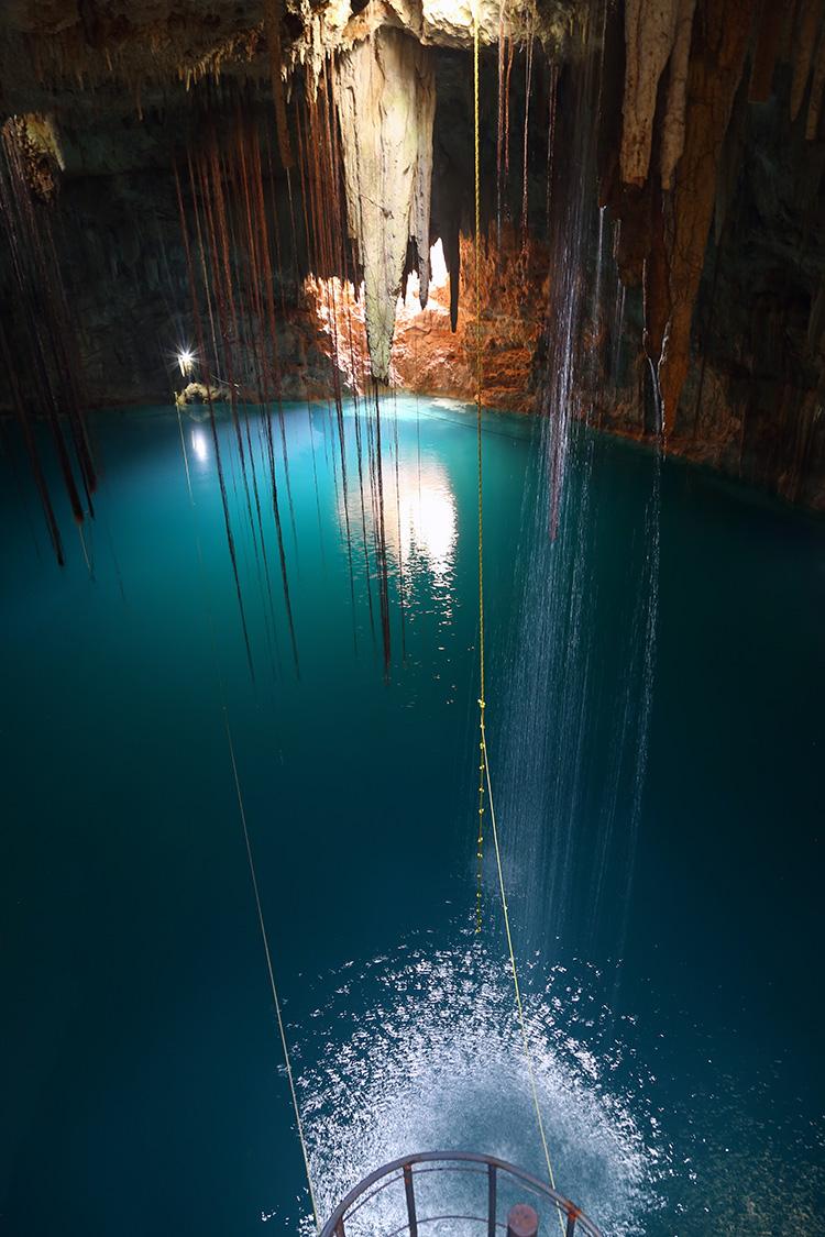セノーテ Agua Dulce メキシコ