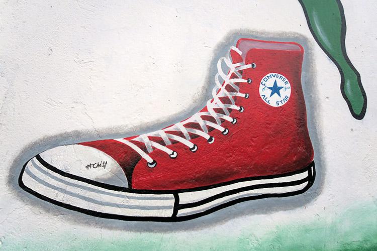 コンバース 旅靴 ハイカット 赤
