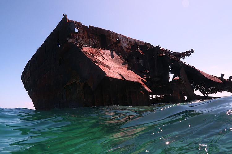 サンアンドレス島 ロッキー・キー 沈船シュノーケリング